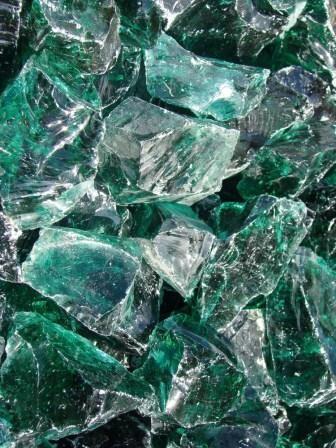 Gabionenglas und Glasbrocken Grün
